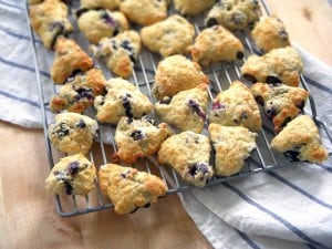 (mini) Blueberry Scones   A fluffy, moist, biscuit-like scone made with fresh blueberries.