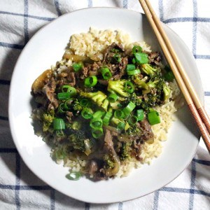 Five Spice Orange Beef with Broccoli   A better than take-out version of beef with broccoli! Made with awesome flavors from orange, five-spice powder, and crushed red pepper for a great spiciness. 100% real and unprocessed!