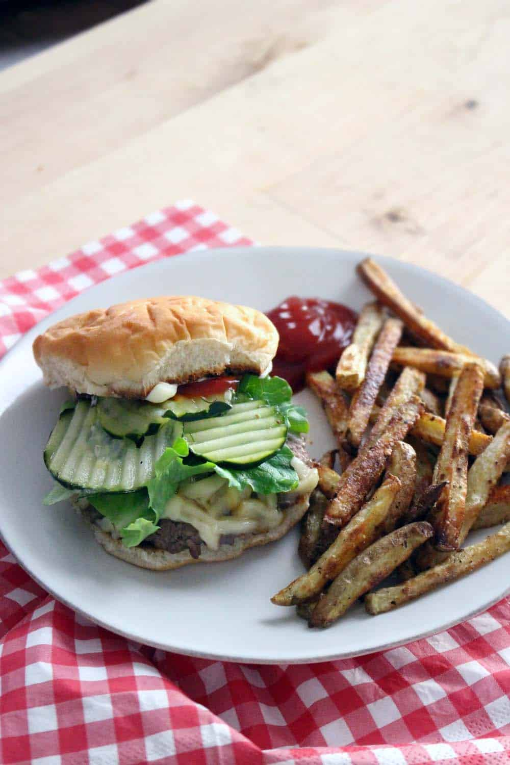 Four tips to make the Perfect Simple Cheeseburger