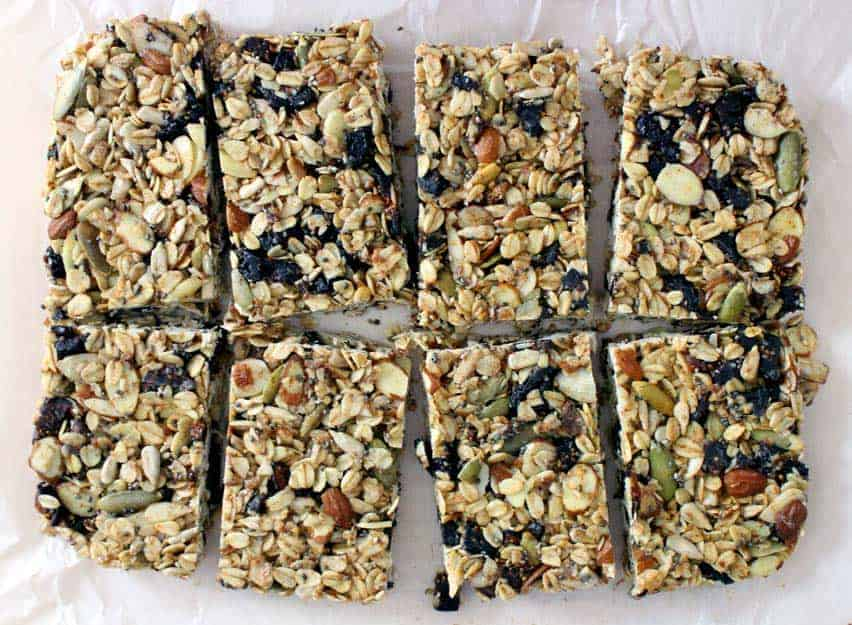 A No Bake, Easy Chewy Granola Bar Recipe That Comes Out Perfect Every Time