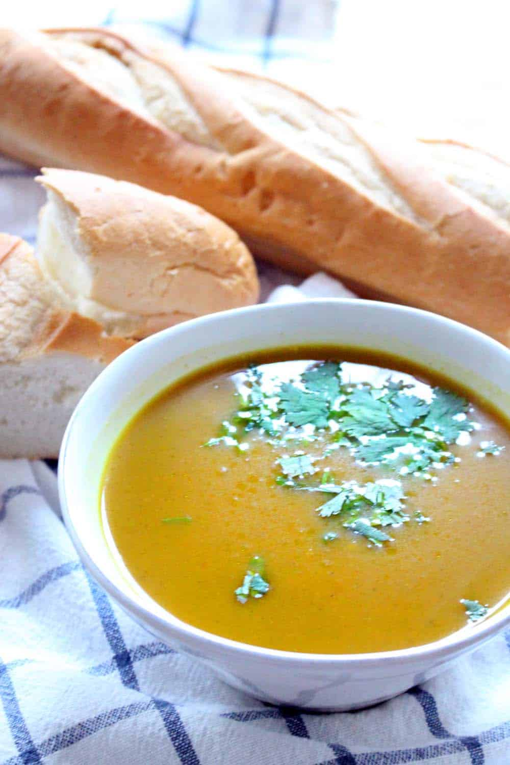 Slow-Cooker Butternut Squash Soup (with curry and ginger)