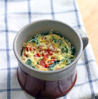 5 Minute Spinach and Cheddar Microwave Quiche in a Mug