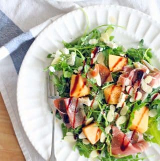 Arugula, Cantaloupe, and Prosciutto Salad with Goat Cheese and Almonds