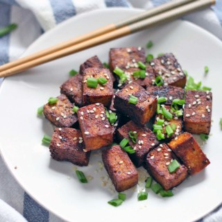 Pan-Seared Soy Sauce and Black Pepper Tofu