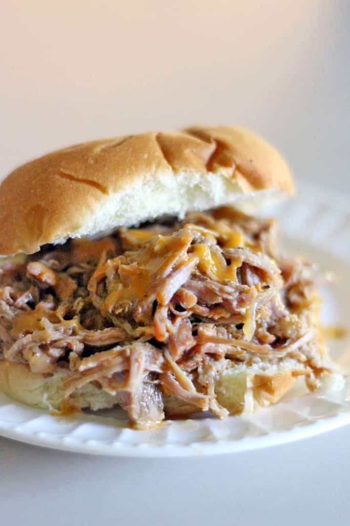 Easy Crockpot Pulled Pork Sandwiches 2