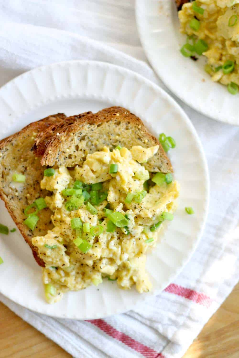 These soy sauce and green onion scrambled eggs are melt-in-your-mouth delicious and take only 5 minutes to make! The perfect low carb, high protein breakfast to get you going for the day.