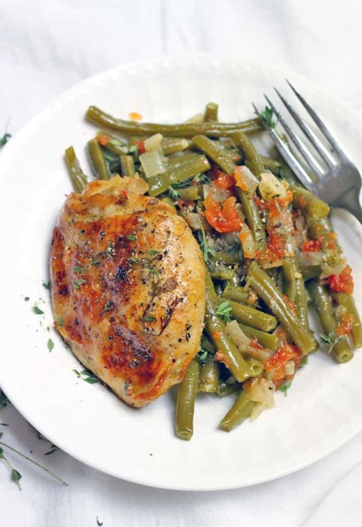 slow cooker greekstyle green beans and chicken thighs