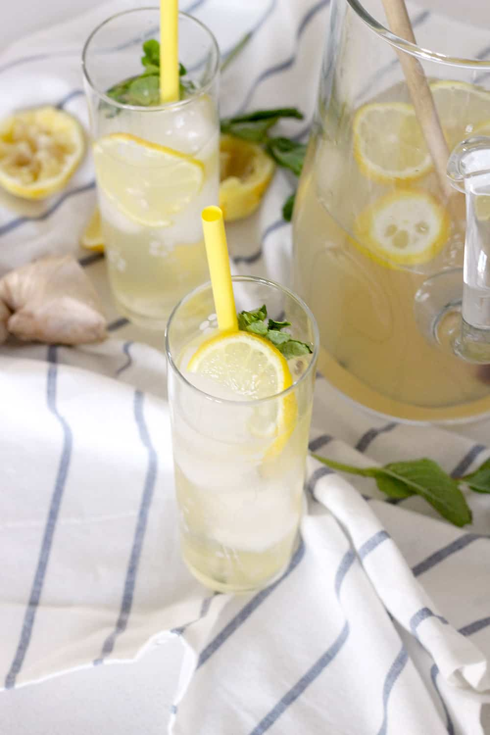 This iced ginger honey lemon tea is super healthy, delicious, and refreshing. Ginger, honey, and lemon all have medicinal qualities- it's great for a queasy stomach, better digestion, or just for a healthy sweet delicious treat!