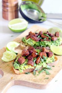 AVOCADO TOAST IS AMAZING!!! This version has spicy and smoky chorizo on top, and is seasoned with fresh lime juice, garlic, and cilantro. Good for breakfast, lunch, or dinner, and only takes FIVE MINUTES to make!