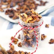 This recipe for salted cinnamon candied walnuts take only 5 minutes and 5 ingredients! Eat as a sweet treat, toss with a salad, or serve on a cheese board. Perfect as a holiday gift packaged in mason jars.   www.bowlofdelicious.com