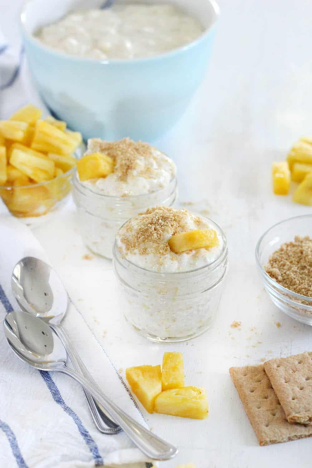 This No-Bake Pineapple Cheesecake Whip recipe uses only 4 ingredients, takes 10 minutes, and has no refined sugar! Made with fresh pineapple and 100% real food ingredients.
